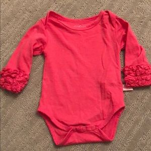 Adorable  ruffle butts onesie pink 0-3 mo